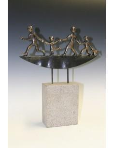 "Statueta bronz ""Pe drum"""