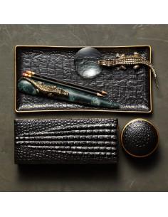 Set birou placat cu aur L'Objet Crocodile
